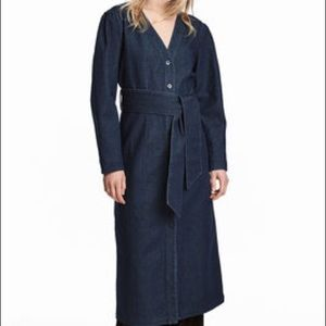 NWOT belted denim button down midi dress